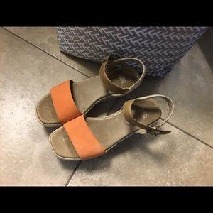Eileen Fisher wedge sandals 9